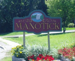 730px-Welcome_to_Manotick_sign_2005